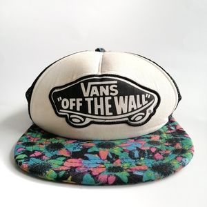 ⭐host pick⭐ Vintage Vans off the wall tracker hat